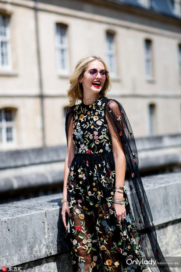 Street style, blogger Chiara Ferragni arriving at Dior Fall-Winter 2017-2018 Haute Couture show held at Hotel des Invalides, in Paris, France, on July 3rd, 2017