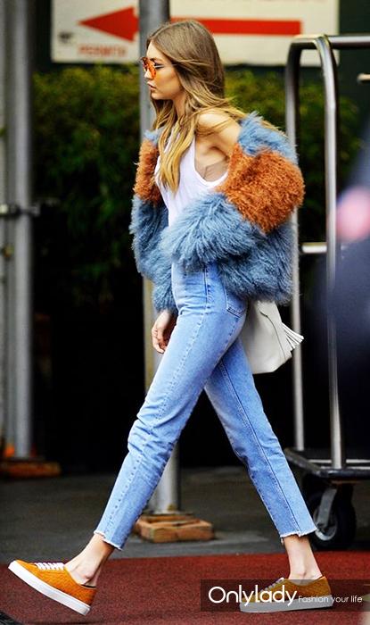 e116052c4a33e22ee081ec0188a4e703--faux-fur-coats-faux-fur-jacket
