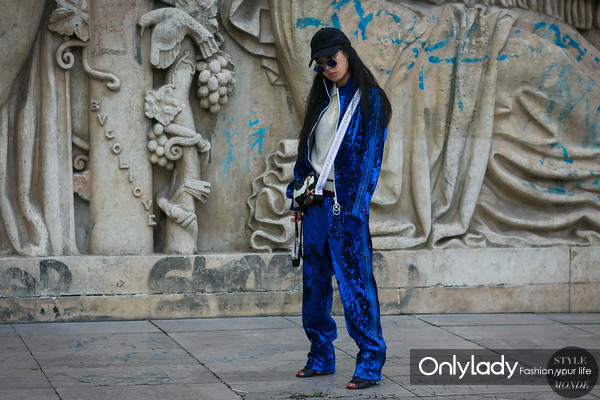 Christina-Paik-by-STYLEDUMONDE-Street-Style-Fashion-Photography0E2A3141-700x467@2x
