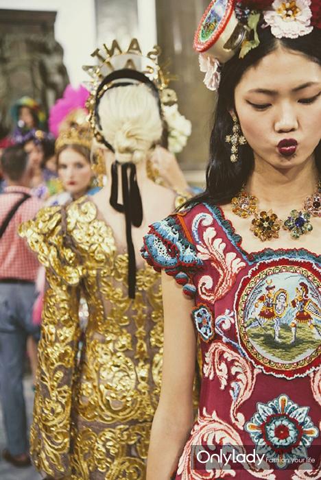 Dolce-Gabbana-took-the-Alta-Moda-Show-to-Palermo-10