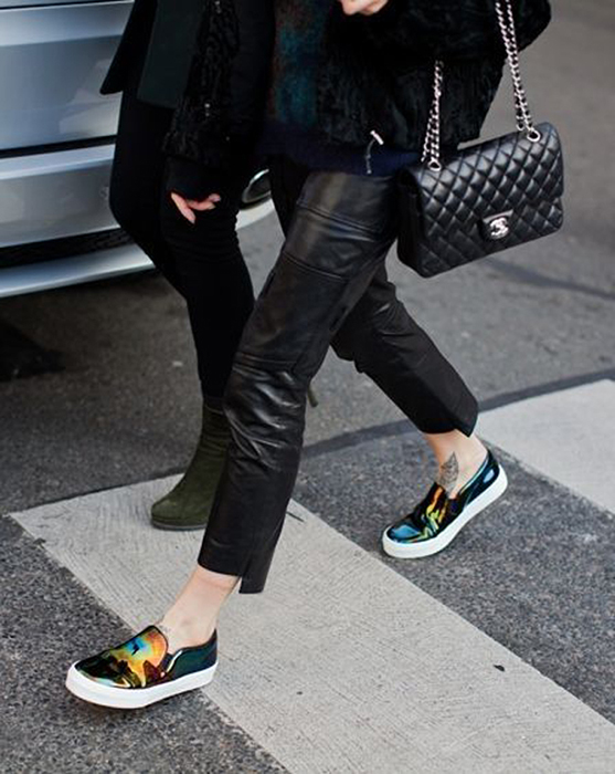 Slip-On-Sneakers-Street-Style-Looks-and-Chic-Combinations-5