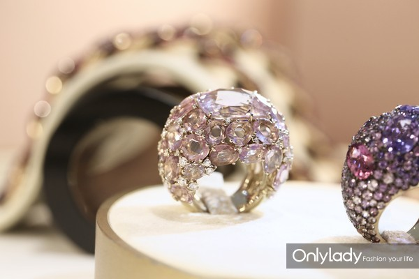 Pomellato高级珠宝POM POM系列戒指