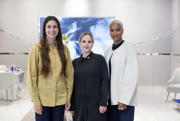 三位女性摄影家