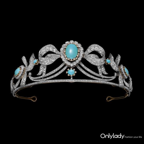 3. 蒙泰拉诺公爵与公爵夫人结婚礼篮里的冠冕