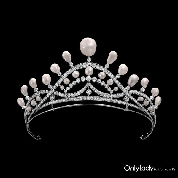 5. 巴洛克珍珠冠冕