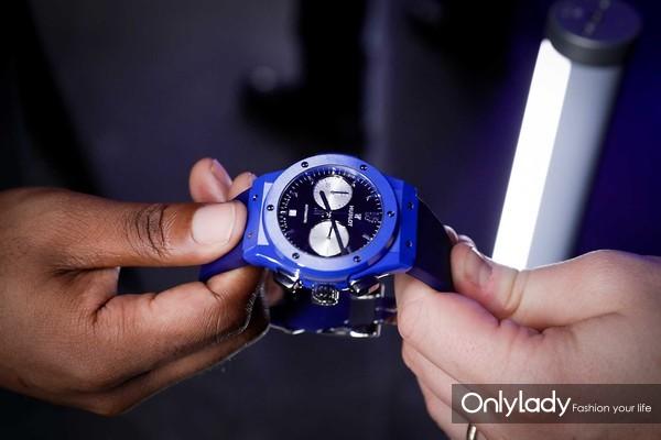 7. 照耀伦敦天际线的那一抹蓝 HUBLOT宇舶表携手切尔西俱乐部发布全新腕表
