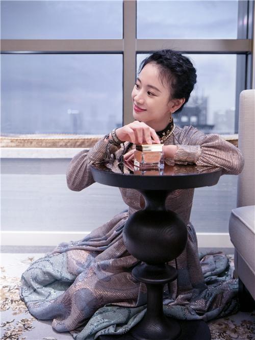 青年演员 李梦