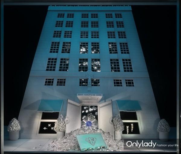 """Tiffany & Co. 蒂芙尼橱窗陈列,于蒂芙尼""""匠心妙艺""""展览再次演绎(7)(1)"""