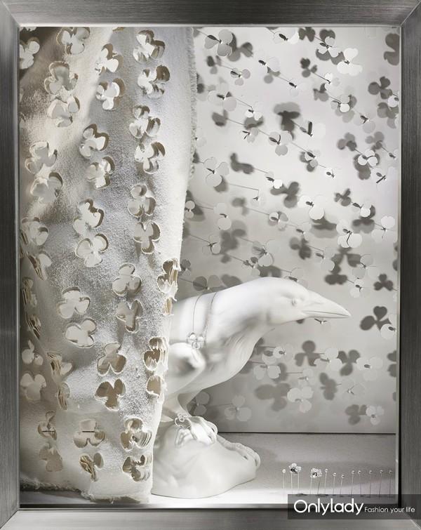 """Tiffany & Co. 蒂芙尼橱窗陈列,于蒂芙尼""""匠心妙艺""""展览再次演绎(8)(1)"""