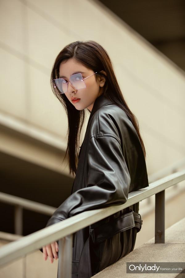 宋妍霏 LE MAGNIFIQUE Sunglasses  (3)