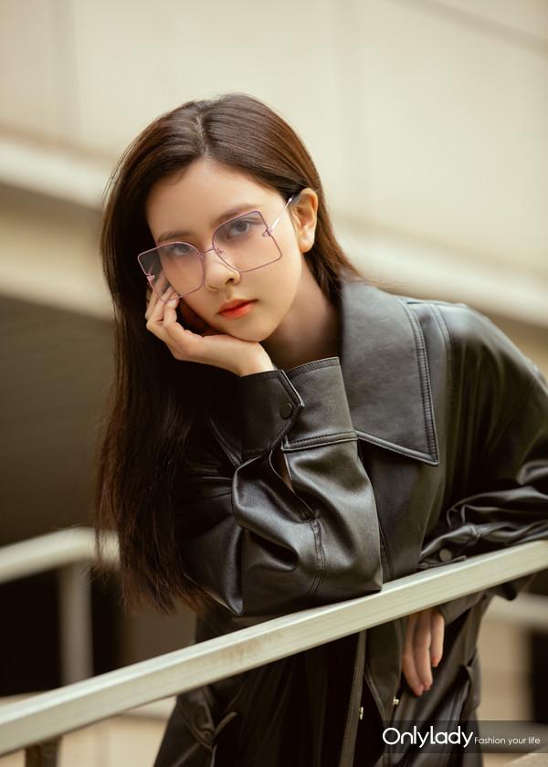 宋妍霏LE MAGNIFIQUE Sunglasses  (5)