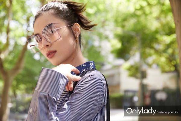 钟楚曦 LE MAGNIFIQUE Sunglasses (1)