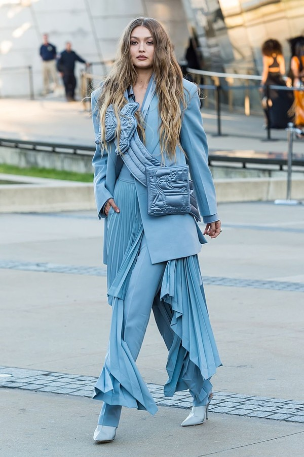 hbz-gigi-hadid-style-gallery-060319-gettyimages-1147908673