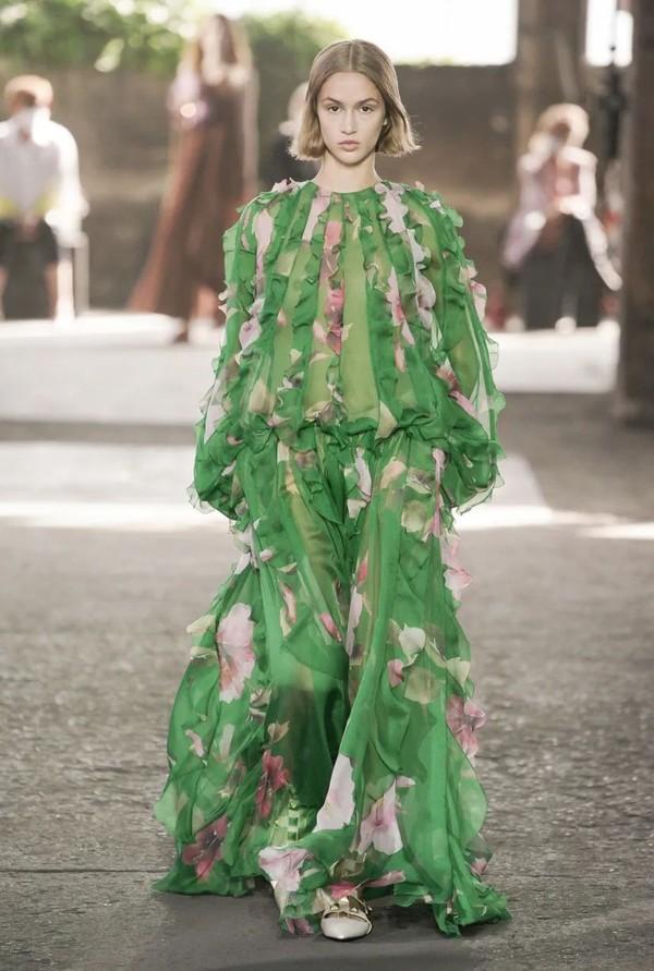 Valentino Collezione Milano 男女合并时装秀