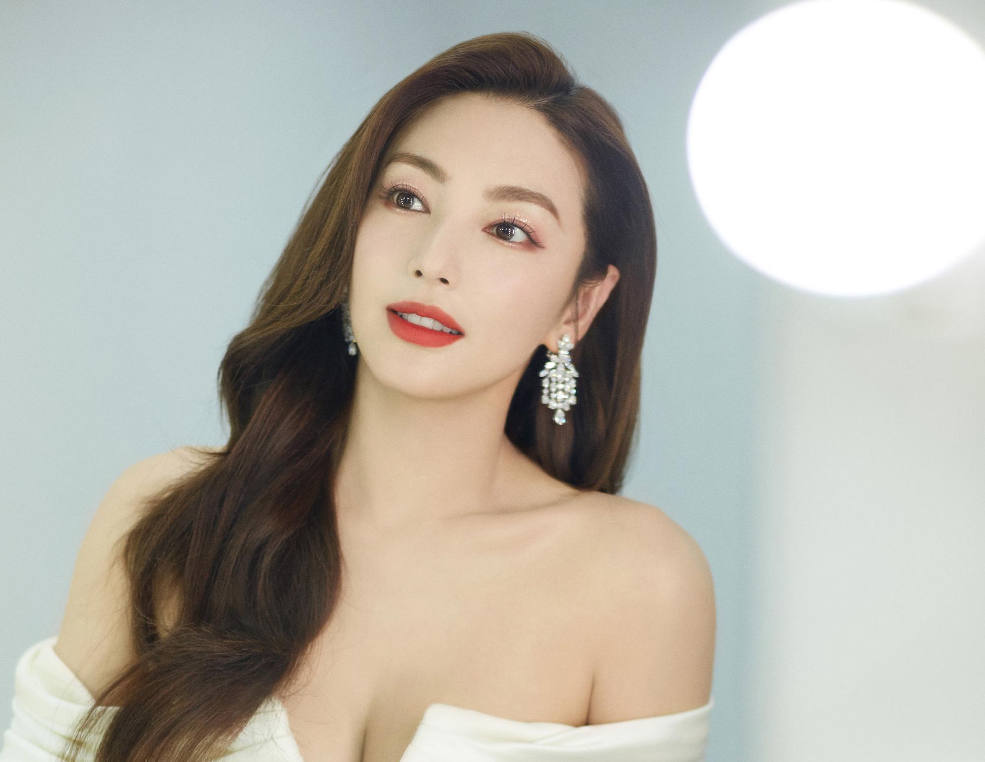 张雨绮恋26岁鲜肉?却被硬糖少女陈卓璇吐槽普通?